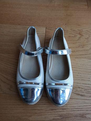 Pantofelki lakierki dziewczęce rozm 33