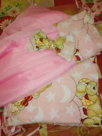 Защита в детскую кроватку и балдахин