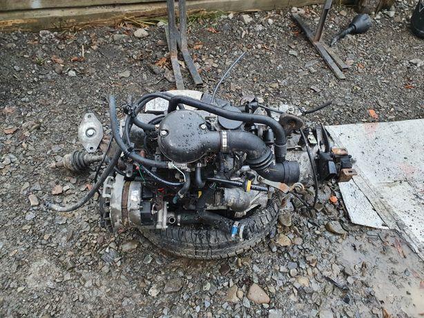 Silnik z skrzynia Fiat Seicento 900