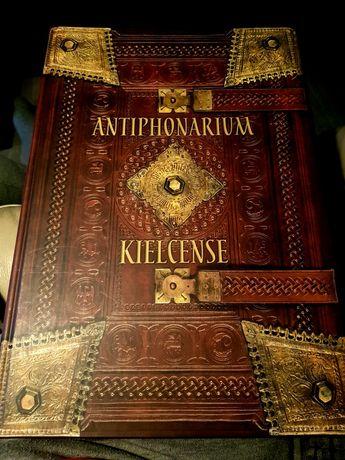 Antiphonarium Kielcense -Antyfonarz Kolegiaty Kieleckiej z komentarzem