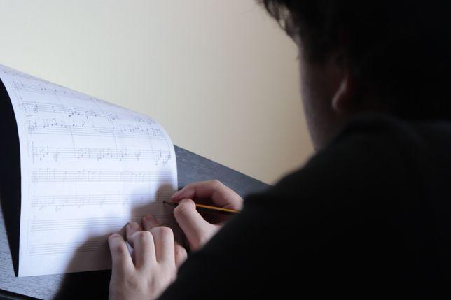 Aulas/Explicações Online de História e Teoria da Música!