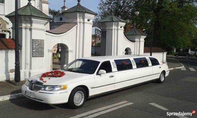 Wynajem Limuzyn Lincoln towncar Wieczór Panieński limuzyna Częstochowa