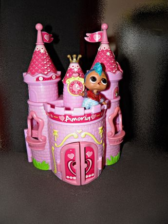 domek dla lalek - zamek