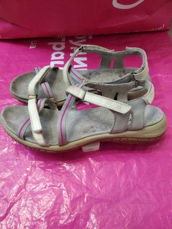 ECCO кожаны босоножки GEOX босоніжки 39 сандали Clarks шкіра Экко 25,5