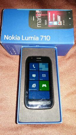 NOKIA Lumia 710 Black + bateria+niebieska klapka+ładowarka.