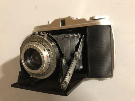 Maquina fotográfica antiga, médio formato 6x6 Agfa Isolette (vintage)