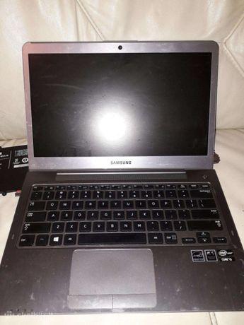 Samsung NP530U3C