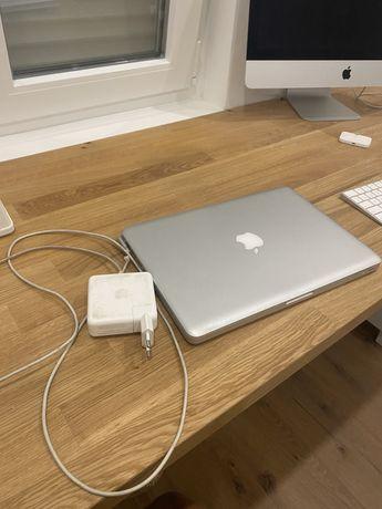 Macbook pro 13, 2.3 i5, 4g, ssd + hd 625g, catalina 2019