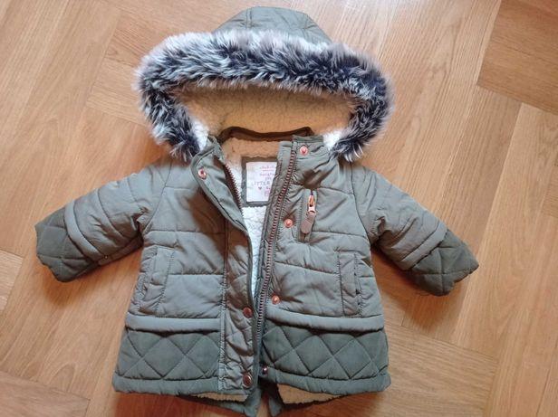 Śliczna kurteczka zimowa z futerkiem khaki 62
