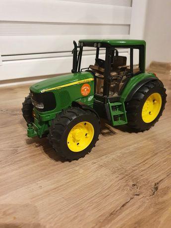 Ciągnik traktor zabawka John Deere