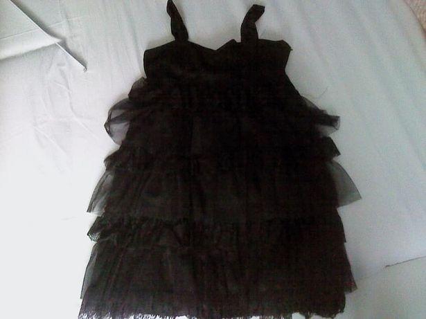 Czarna koronkowa sukienka z falbankami H&M ubrana raz rozmiar S