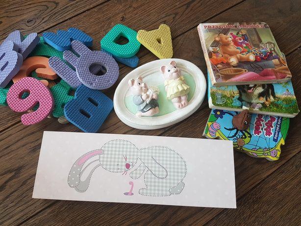 Zawieszki obrazki do pokoju dziecięcego pianki literki