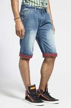 Лёгкие джинсовые шорты с отворотами \desierto  jeans by dolce & gabana