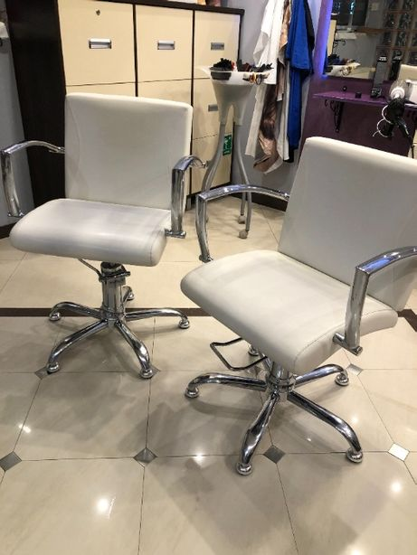 Fotele fryzjerskie AYALA