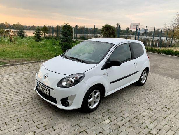 Продаю Renault TWINGO 2011