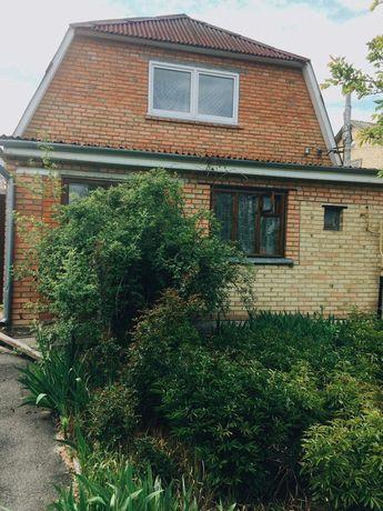 Продам дом с территорией 30 соток, 45 км от Киева