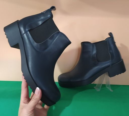 "Женские кожаные ботинки""Олимп "" 38;39"
