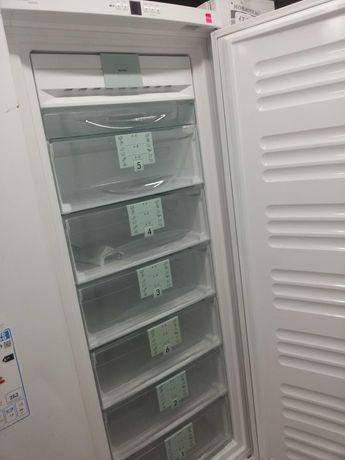 Немецкий морозильный шкаф Liebherr 279 л.No Frost