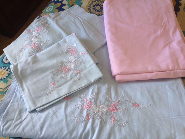 Lençóis bordados (cama casal)