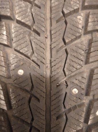 почти новые шины  225 75 17