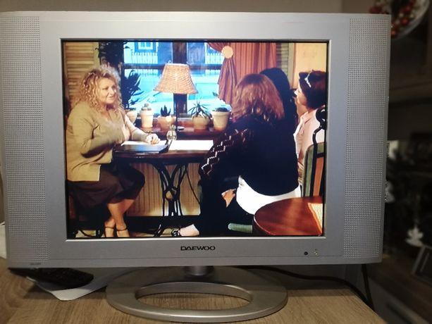 Telewizor LCD 20calowy firmy DAEWOO DSL-20D1T