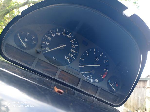 Prędkościomierz BMW E46