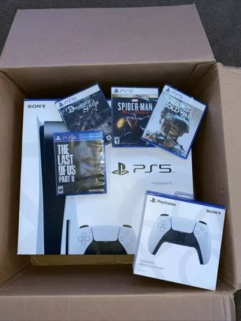 Sony Playstation 5 PS5 + 4 gry + pad