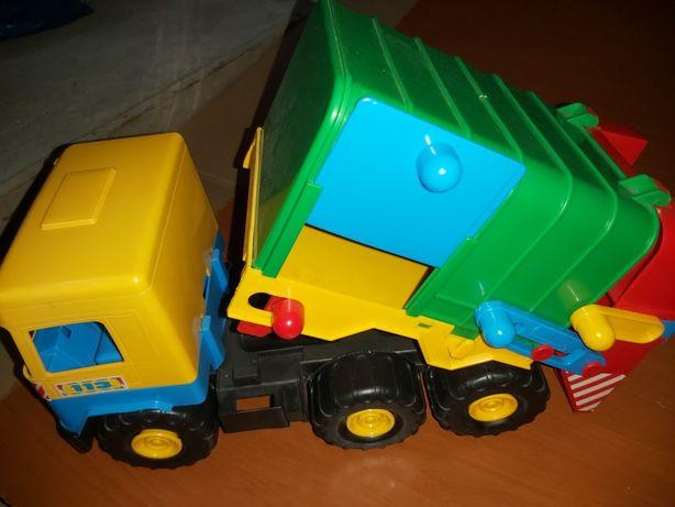 Samochód śmieciarka