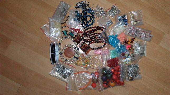 Koraliki, materiały do robienia biżuterii