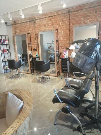 Wynajmę salon fryzjerski