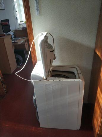 Стиральная машинка ARISTON  с вертикальной загрузкой