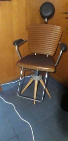 Cadeira de maquilhagem e estetica