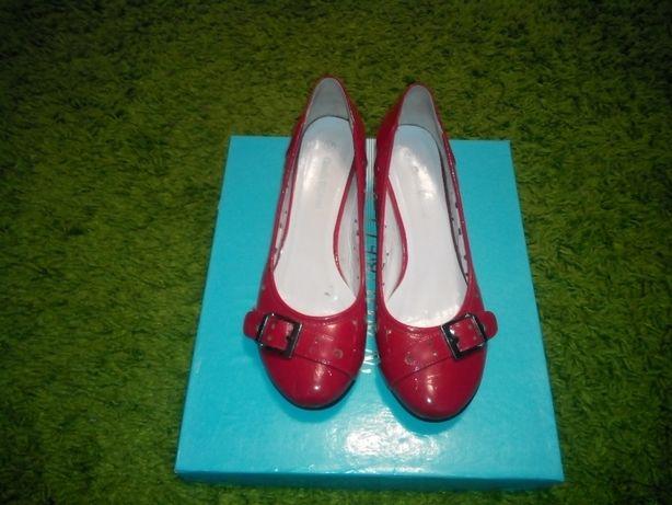 Туфли красные брендовые Claudia Ghizzani