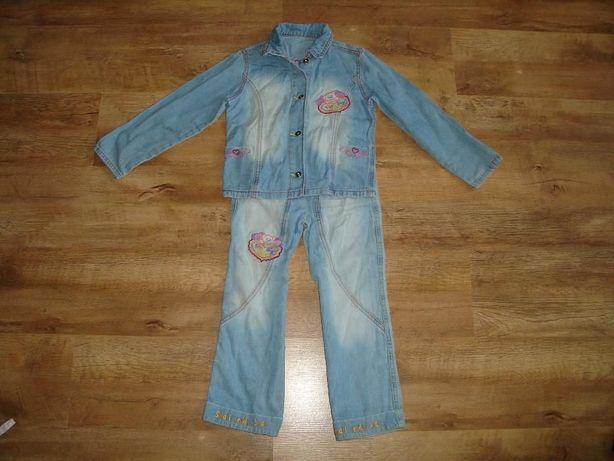 Gloria Jeans Джинсовый костюм на 4-5 лет рост 110 см