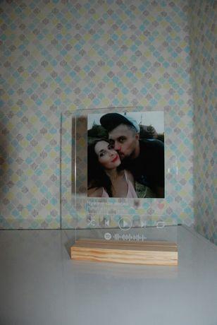 Фото с музыкой на акриле  сувенир подарок к 8 марта День Влюбленных