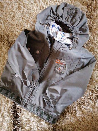 Курточка, ветровка на хлопковой подкладке, как новая.
