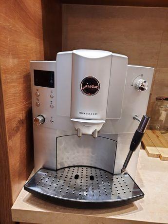 Ekspres do kawy Jura E85