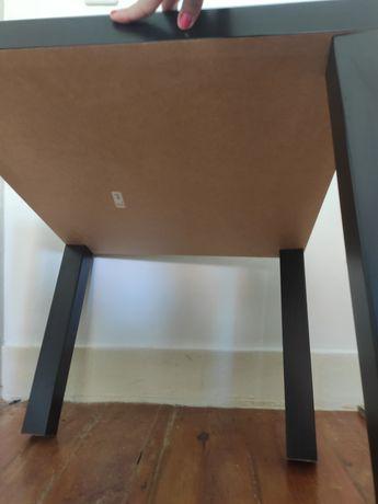 Mesa de centro Ikea preta