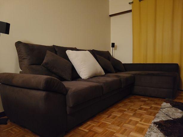 Sofá chaise longue castanho reclinável,3 lugares + 1 excelente estado