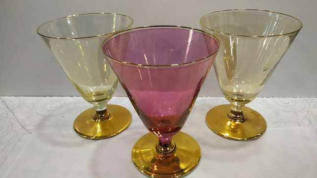 Бокал для вина цветное стекло
