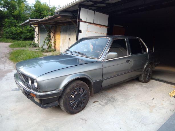 Продам БМВ 324 дизель