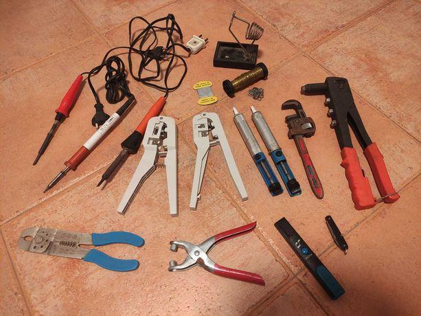 Lote de ferramentas antigas