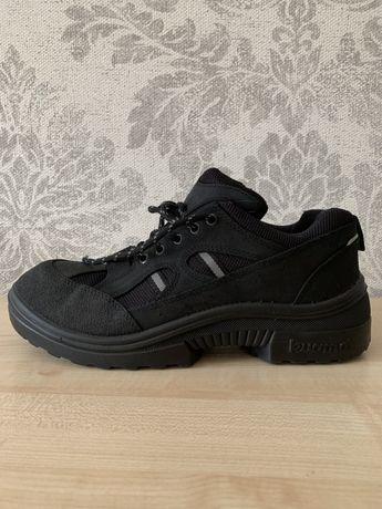 Kuoma 44 - 45 размер . Кроссовки , ботинки . В идеальном состоянии .