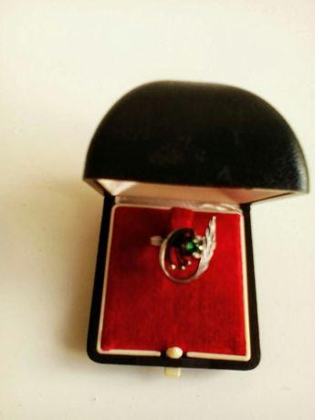 Серебряное кольцо. Клеймо Украины 925 проба.