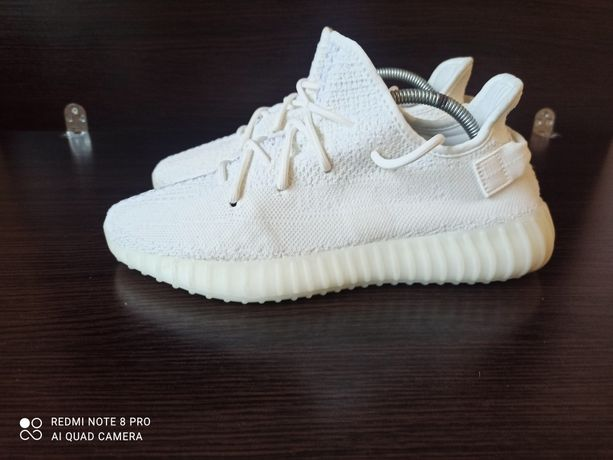 Кроссовки Adidas x Yeezy Boost 350 V2 Cream White. CP9366. Р 44 .