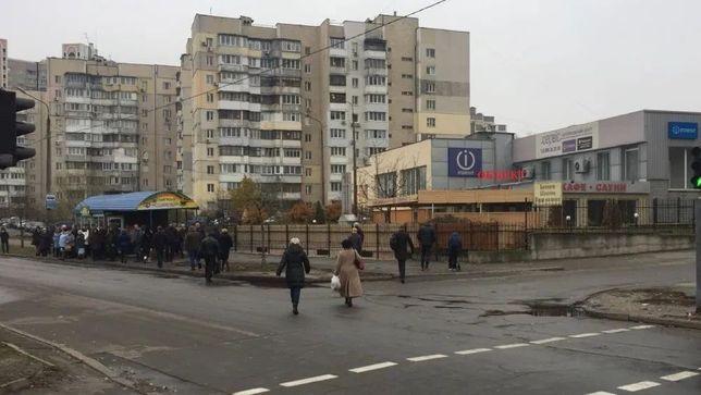 Аренда торгового помещения 675 м/2. Метро Харьковская