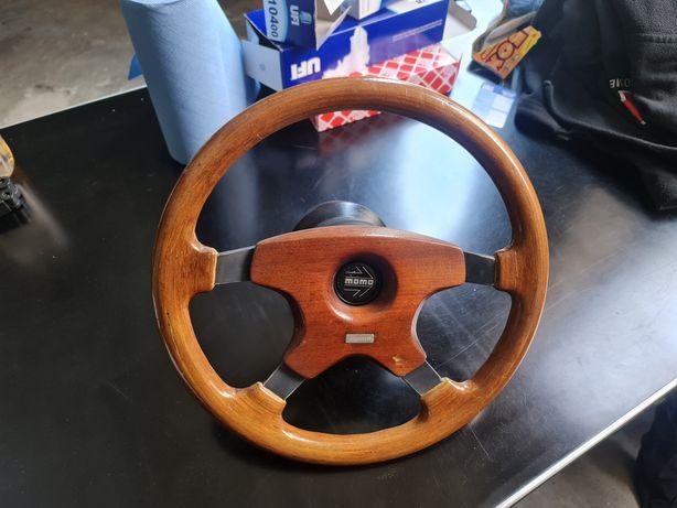 Volante momo Mercedes em madeira
