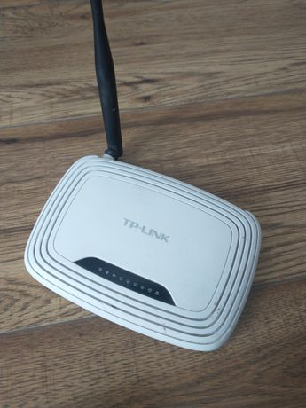 Router tp-link z kablem