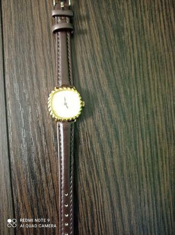 Продам годинник  swiss