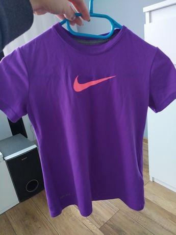 Koszulka Nike fit